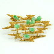 Jade-Yellow-Gold-Free-Form-Brooch-SAUC5281AP_sq